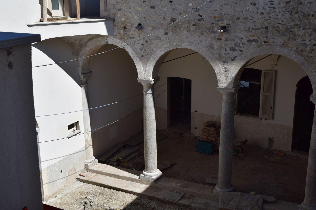 Appartamenti in ristrutturazione di prestigio a Porto Valtravaglia 14