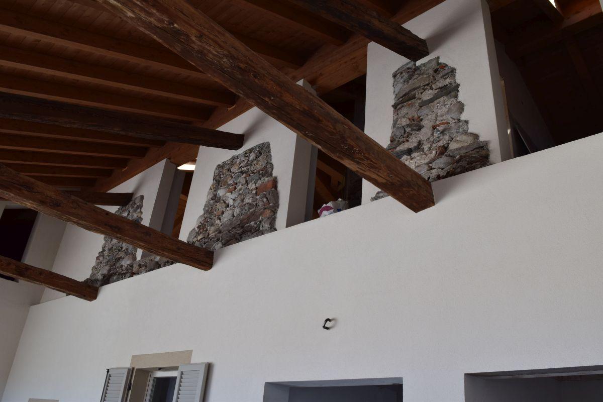 Appartamenti in ristrutturazione di prestigio a Porto Valtravaglia 22