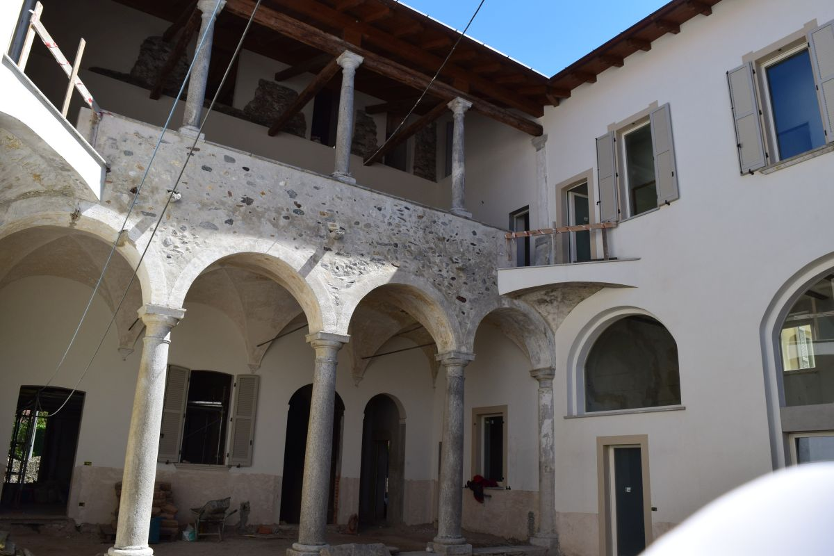 Appartamenti in ristrutturazione di prestigio a Porto Valtravaglia 26