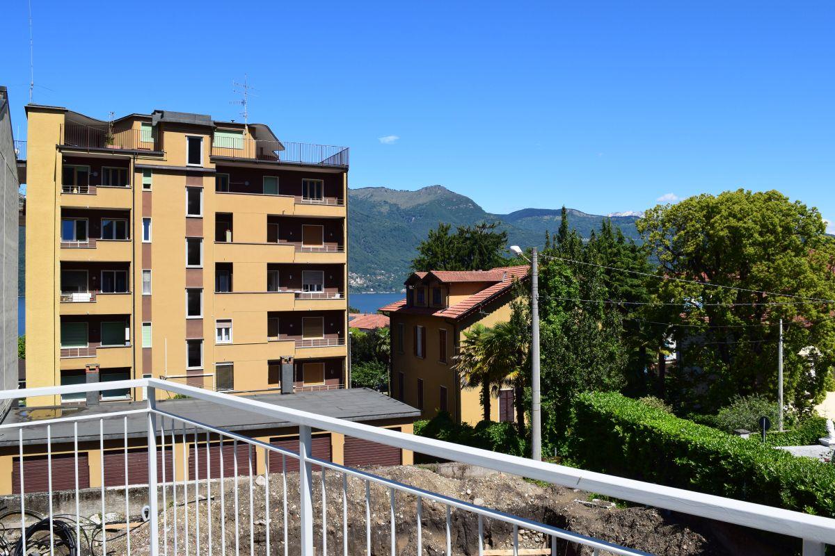 Appartamenti in ristrutturazione di prestigio a Porto Valtravaglia 4