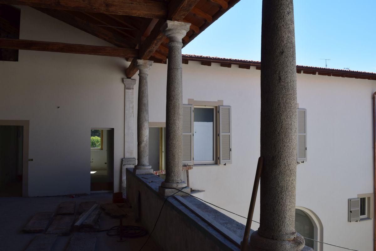 Appartamenti in ristrutturazione di prestigio a Porto Valtravaglia 6