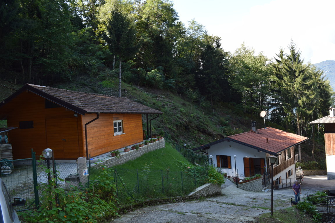 villa in vendita castelveccana5