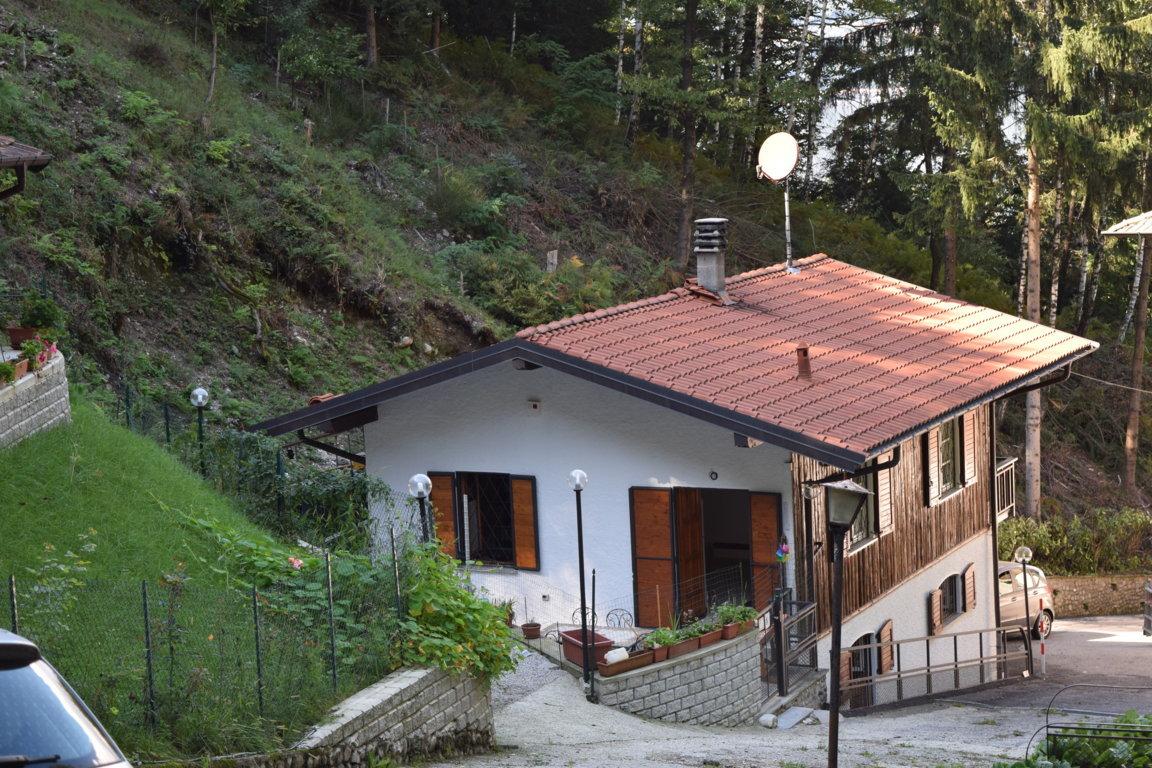 villa in vendita castelveccana7