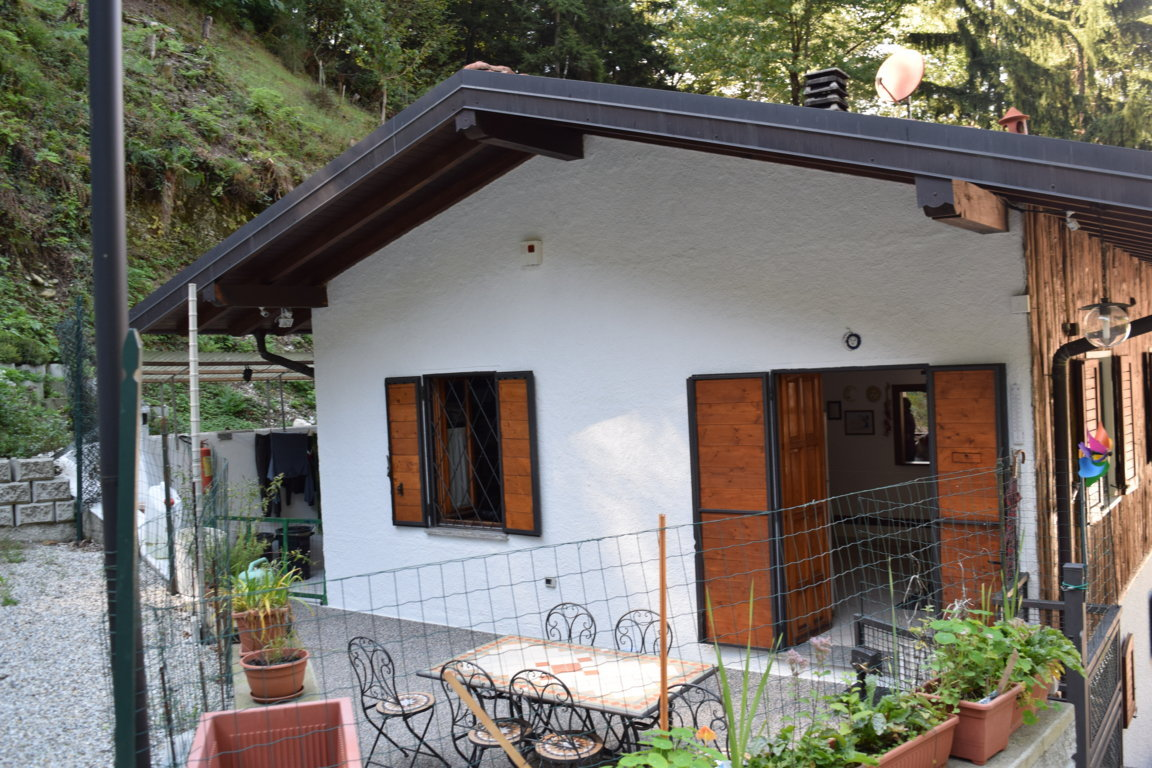 villa in vendita castelveccana21