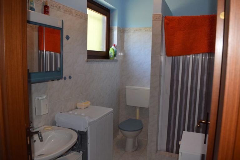 bagno del piano inferiore